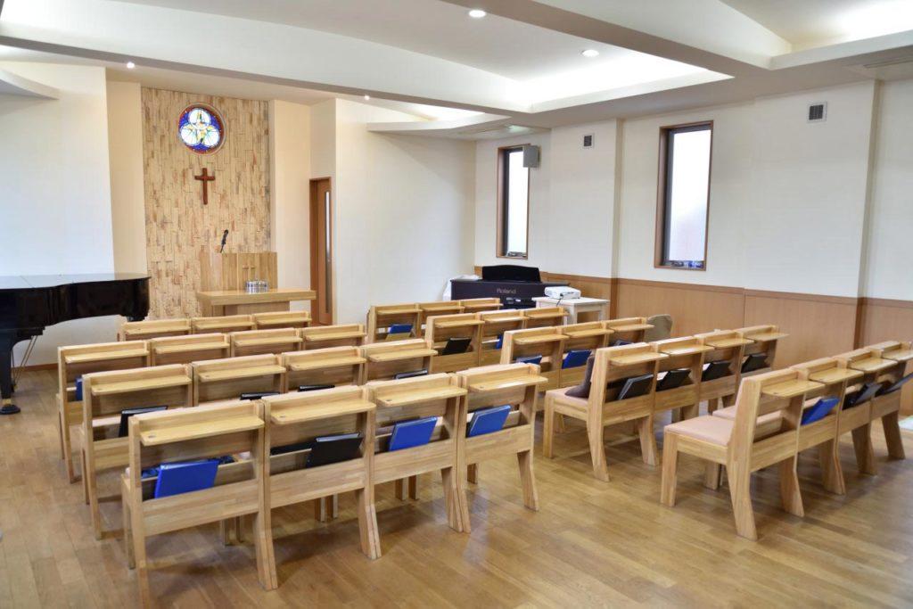 市川グレース教会 礼拝堂です